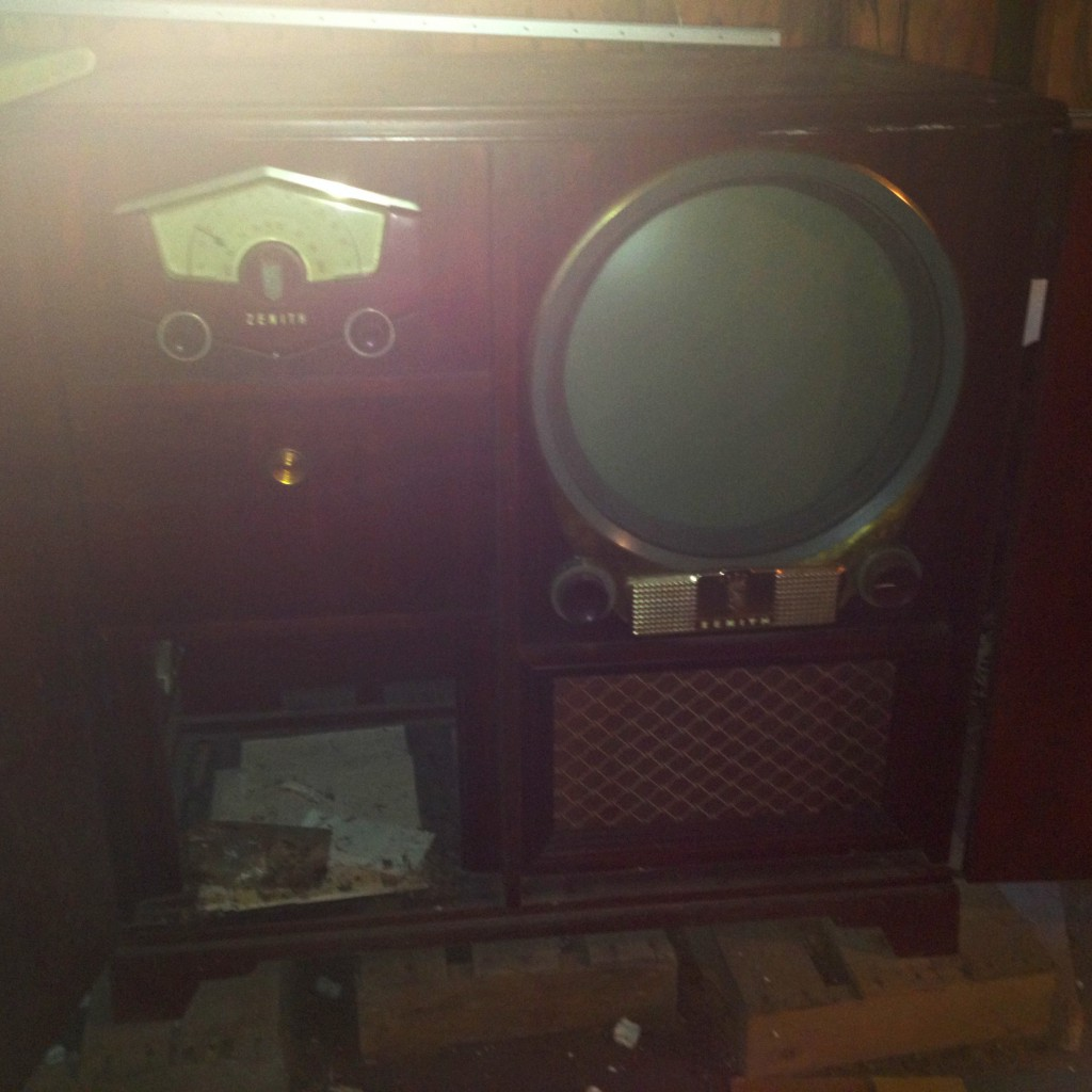 My first photo of the mysterious Zenith entertainment center, top of the line stuff for 1951. All I had on hand was an iPhone camera!